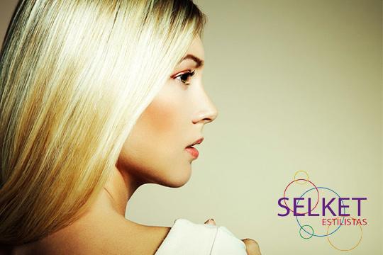 ¡No alargues más acudir a la peluquería y luce un pelo sano y bonito en Selket Estilistas! Sesiones de peluquería completas con opción a tinte, mechas y tratamiento personalizado