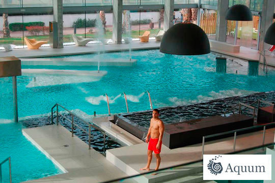 ¡Desconecta del mundo en Aquum Spa & Wellness! Circuito spa con sauna, baño de vapor, cascadas... y un fantástico menú
