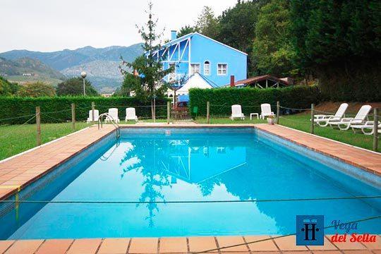 Estancia de 1 o 2 noches en el Hotel Vega del Sella con desayuno y botella de sidra ¡Añade una ruta a caballo, espeleología o descenso del Sella!
