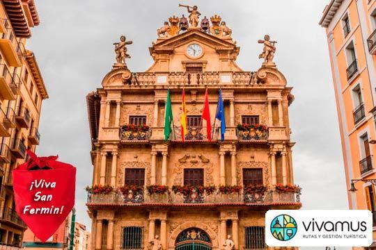 Visita guiada por el Casco Viejo de Pamplona en San Fermín ¡Desde el corazón de la fiesta!