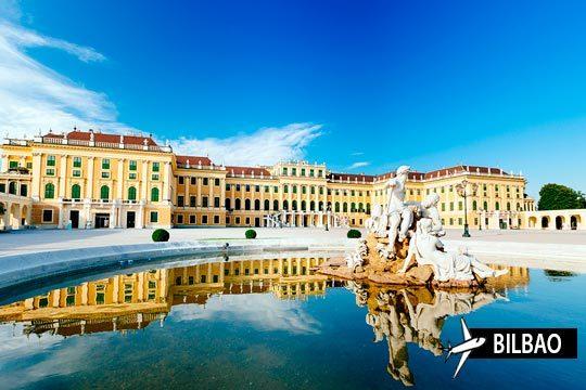¡Pon rumbo a Viena con salida desde Bilbao! Estancia de 3 noches con desayunos en el Hotel Lucia, Arthotel Ana Enzian o similar