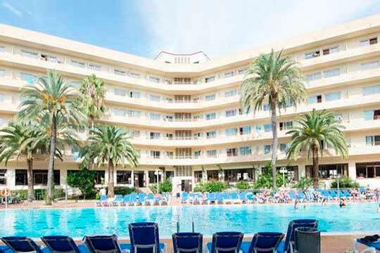 Del 18 al 24 de marzo disfruta de Salou con 7 noches en el hotel Jaime I en pensión completa ¡Unas buenas vacaciones!