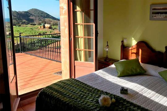 Disfruta de una escapada inolvidable con 1 o 2 noches en la posada Mediavia de Ubiarco ¡Cantabria te espera!