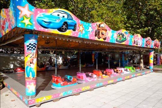 Disfruta de un día muy divertido en los carruseles Ondarribi ¡Tickets válidos para las camas elásticas, el Dragón, el Aerobaby y muchas atracciones más!
