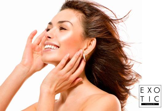 Presume de una piel de porcelana gracias a este exclusivo tratamiento que te ofrece Exotic Touch ¡Tratamiento facial de proteoglicanos con fototerapia!