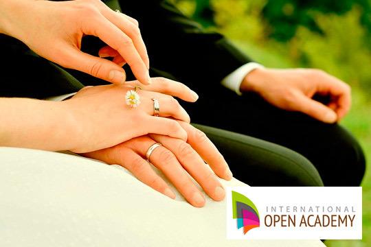Dale un giro a tu carrera y especialízate en organizar las mejores bodas ¡Una carrera con futuro!