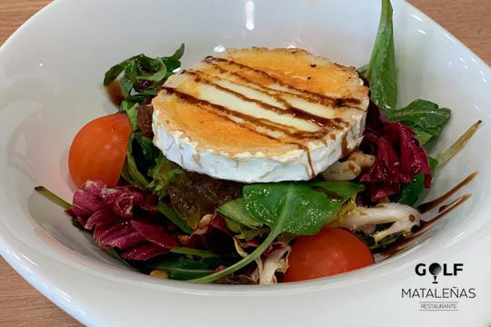 Menú de 5 platos en Restaurante Golf Mataleñas ¡Vistas al Sardinero!