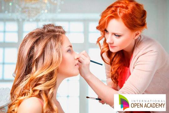 Aprende a maquillar con gusto y estilo gracias a este completo curso online de maquillaje ¡Conviértete en un/a profesional!